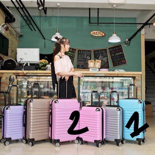 vali kéo du lịch size 20