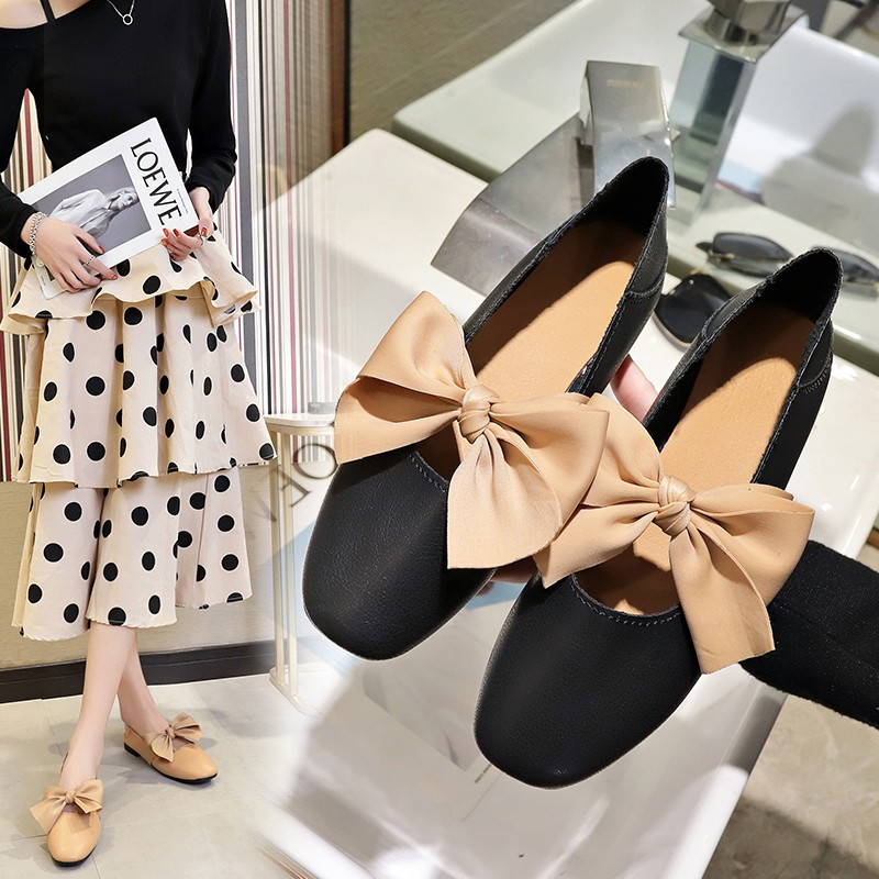 Giày bít mũi đế vuông đính nơ thời trang cho nữ - 13868558 , 2121220134 , 322_2121220134 , 826000 , Giay-bit-mui-de-vuong-dinh-no-thoi-trang-cho-nu-322_2121220134 , shopee.vn , Giày bít mũi đế vuông đính nơ thời trang cho nữ