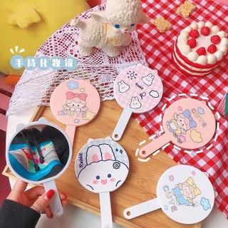 Gương tròn kèm lược rút tiện lợi - bộ gương lược 2in1 tiện lợi cho bạn gái Dumi Shop thumbnail