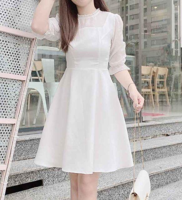 Đầm trắng voan xòe dịu dàng nữ tính