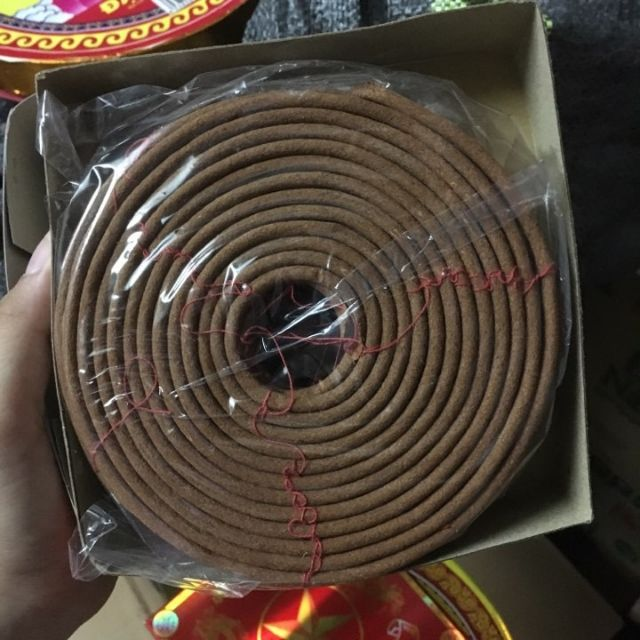 1 hộp Hương vòng thơm thắp ban thờ