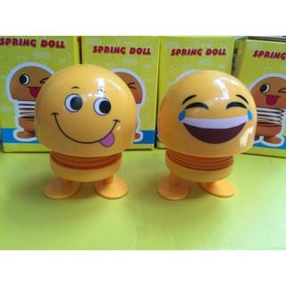 [Combo 2 mặt Ông Bê Lắc] Thú nhún Emoji lò xo ô tô hình biểu tượng cảm xúc