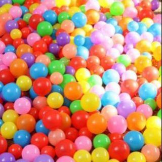 Combo 300 bóng nhựa đủ màu cho bé vui chơi
