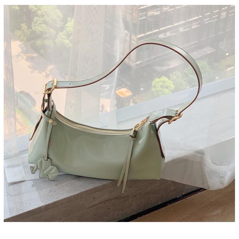 Túi xách nữ 🌸 Mẫu mới 🌸 Túi xách nữ Micocah phong cách Retro cách điệu màu sắc nổi bật mẫu mới của hãng  MSP: 449