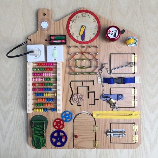 Busy board hay bảng bận rộn cho bé