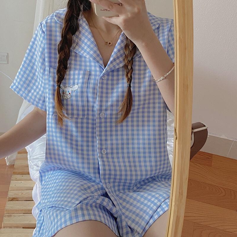 Set đồ ngủ Pyjama caro hoạ tiết cinnamoroll ở túi áo
