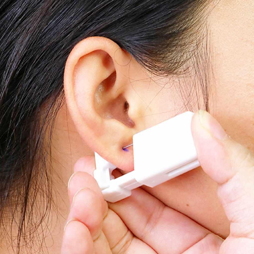 Dụng cụ bấm lỗ tai sử dụng 1 lần tiện lợi