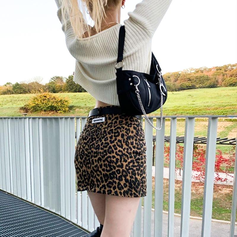 Túi xách tay hình bán nguyệt một dây đeo phối dây chuỗi chất liệu vải nylon cho nữ