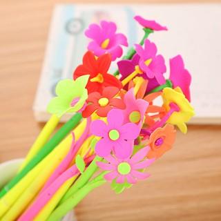 Bút nước bông hoa