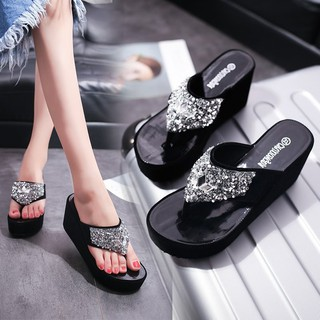 Slippers women wear high-heeled fashion flip-flops slopes with wild heightened t