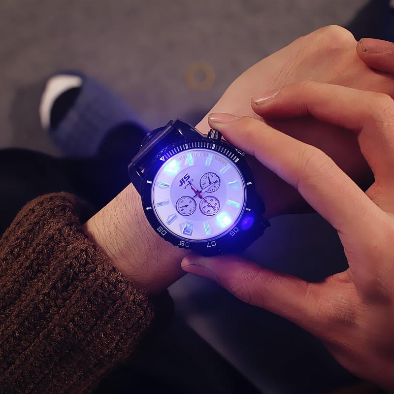 Đồng hồ nam phát sáng cá tính JIS