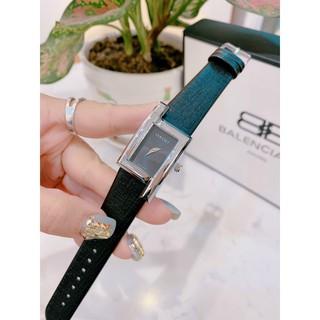 (Bảo hành 12 tháng) Đồng hồ nữ versace nữ dây da, mặt vuông, bảo hành 12 tháng