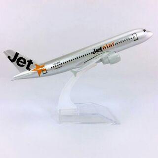 Máy bay mô hình Jetstar Airlines_A330 (16cm)