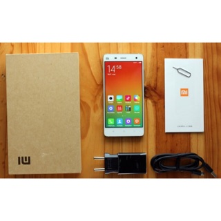 điện thoại xiaomi m4 ram 3g bộ nhớ 16g (full box đầy đủ phụ kiện )