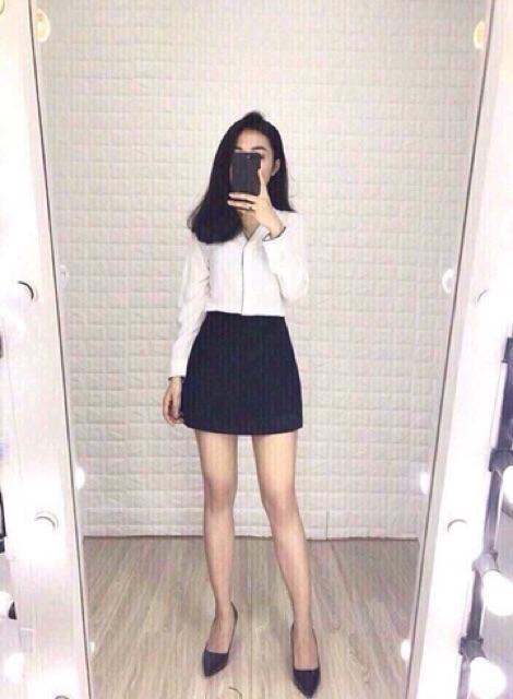 Chân váy chữ A có quần trong chất liệu umi