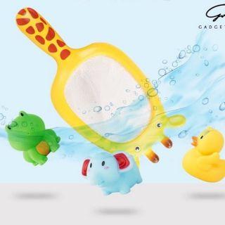 Vợt kèm thú chíp chíp chơi dưới nước