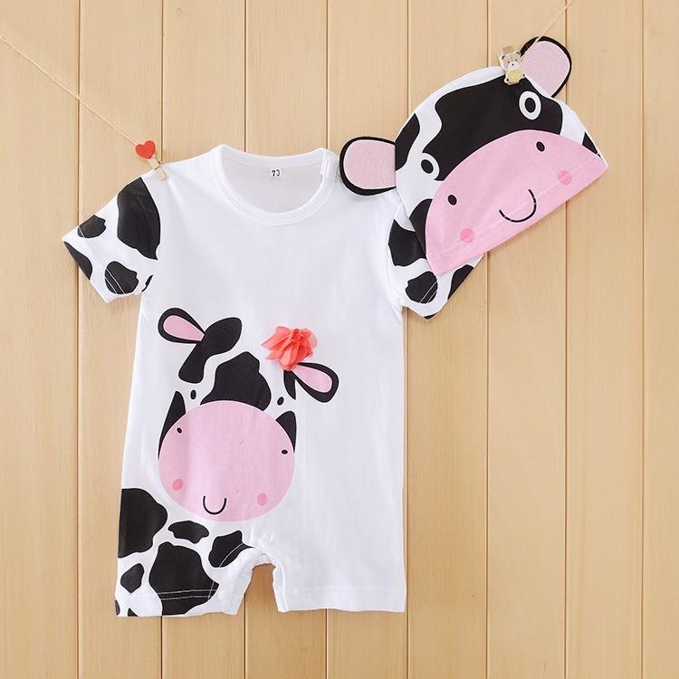 Bộ liền ngắn có mũ cho trẻ sơ sinh in hình bò đen trắng Michley