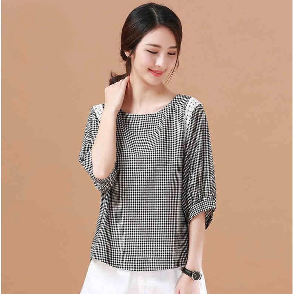 Áo kiểu SM119 karo Hàn Quốc mang lại vẻ đẹp quý phái cho chi em phù hợp đi làm , đi choi, nhẹ nhàng thanh lịch
