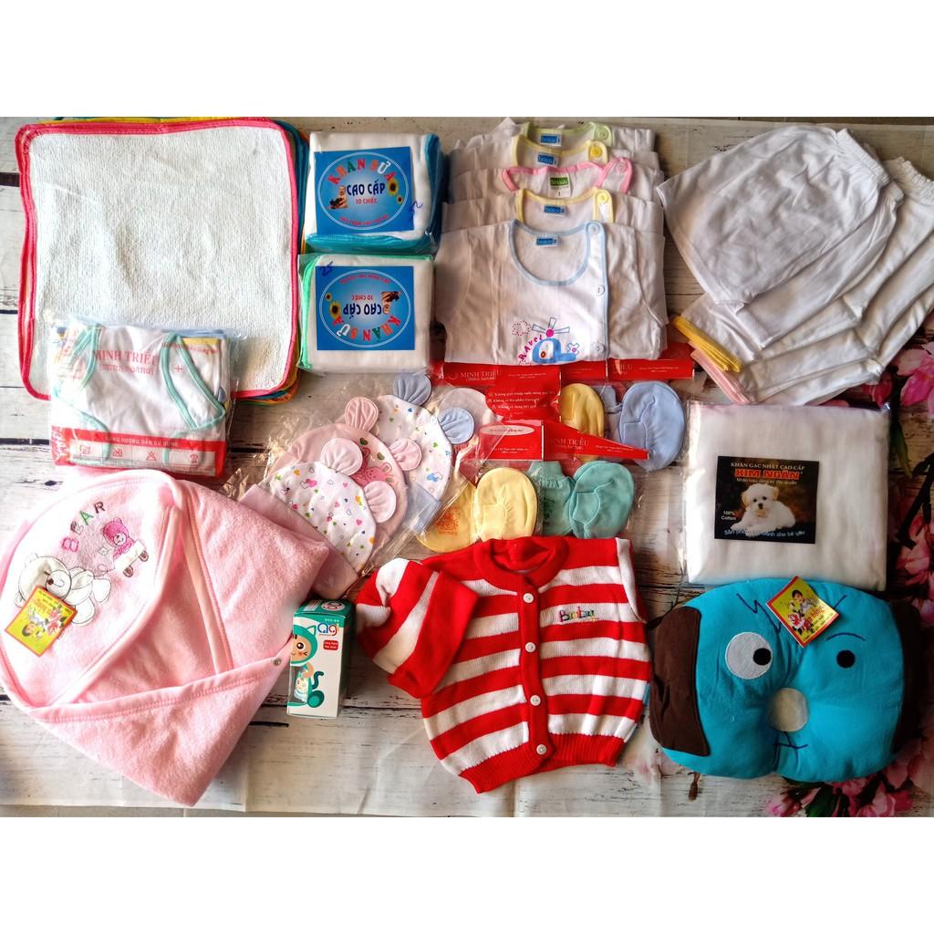 Combo sơ sinh trọn gói cho bé(10 lót,5 áo 2 loại,5 quần 2 loại,20 khăn sữa,1 khăn tắm,3 nón thỏ in,5 bao t c in,1 gối lõm,1 ủ,10 tả,1 áo len) thumbnail