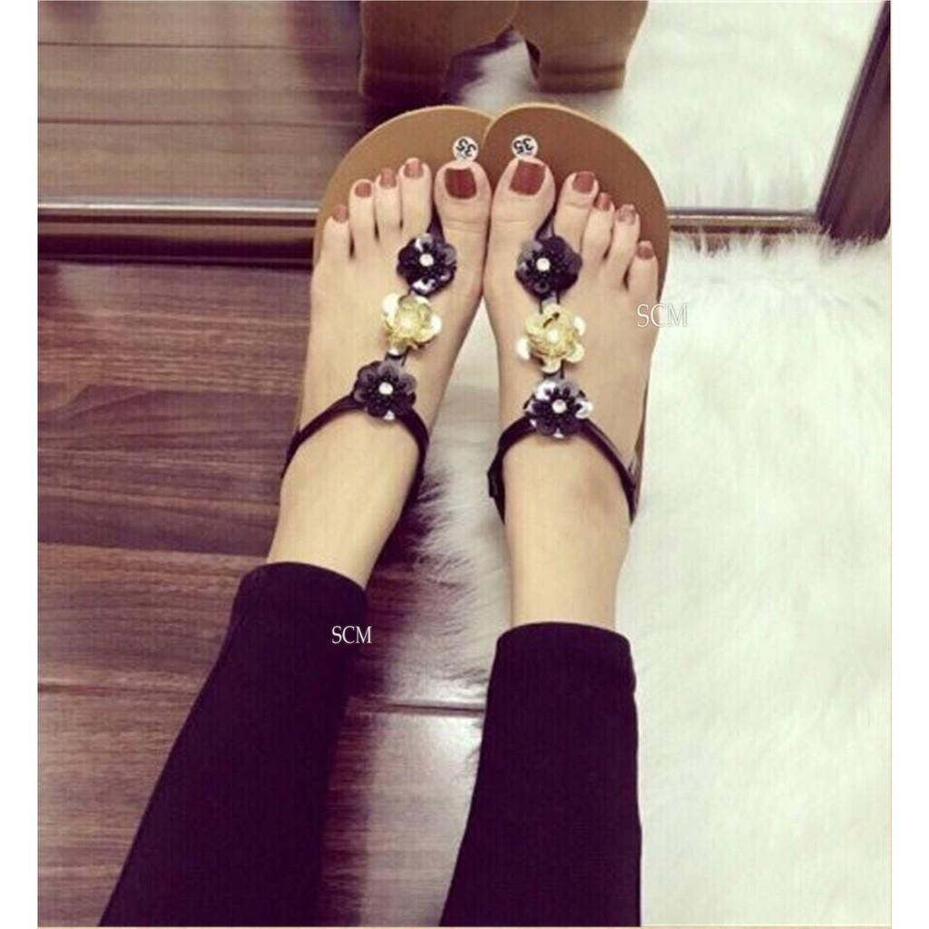 Giày sandal quai T hoa mai