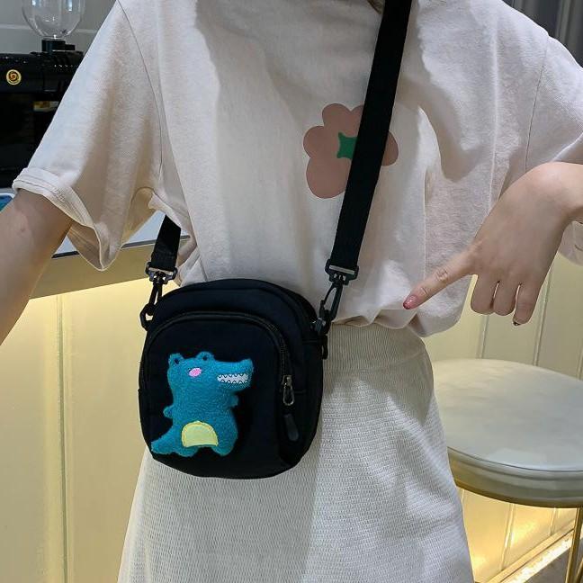 Túi đeo chéo, túi vải tote thời trang nữ gắn hình khủng long xinh xắn siêu cute đi học đi chơi