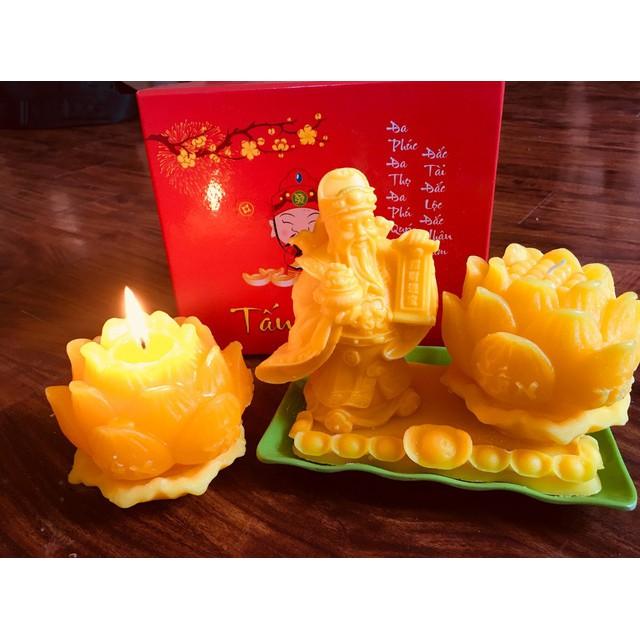 Nến Thần Tài Hoa Sen và Phật Thủ Chiêu Lộc