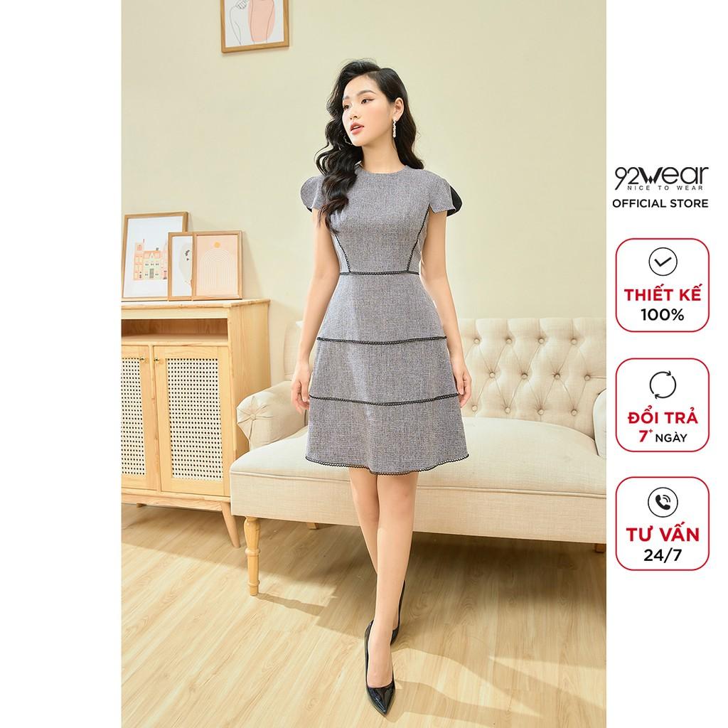 Đầm thiết kế 92WEAR váy dáng xòe công sở ngắn tay viền nổi, tôn dáng phái đẹp DEC0097 thumbnail