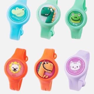 Đồng hồ đeo tay đuổi muỗi ,có đèn phát sáng cho bé