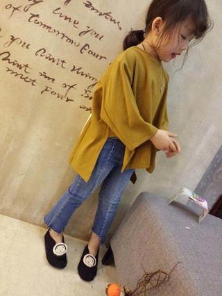 Mùa thu Sản phẩm mới Cô gái Thời trang trở lại In Áo Trẻ em Áo thun tay áo không đều