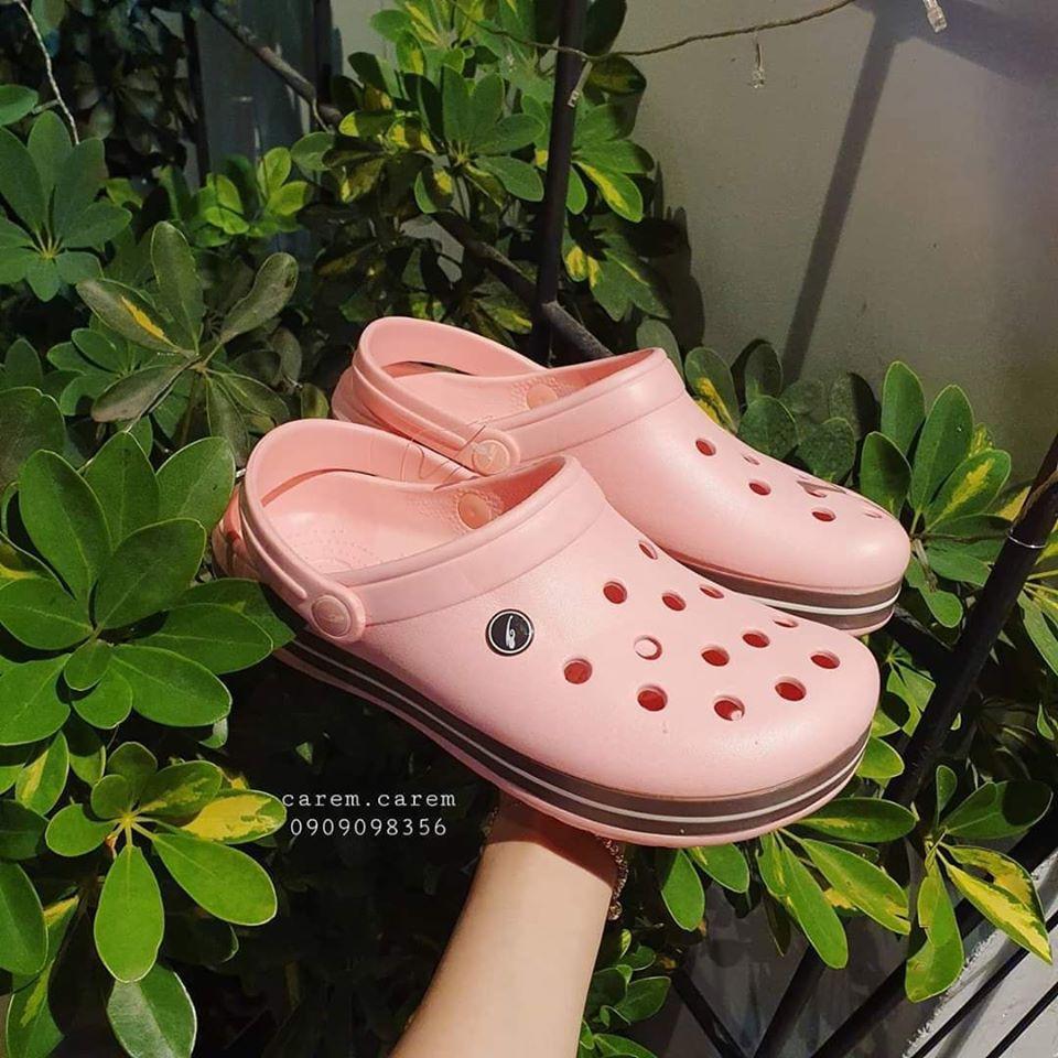 Giày dép lỗ xinh xắn size 40