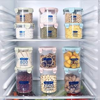 Hộp nhựa trong suốt lưu trữ thực phẩm tiện dụng