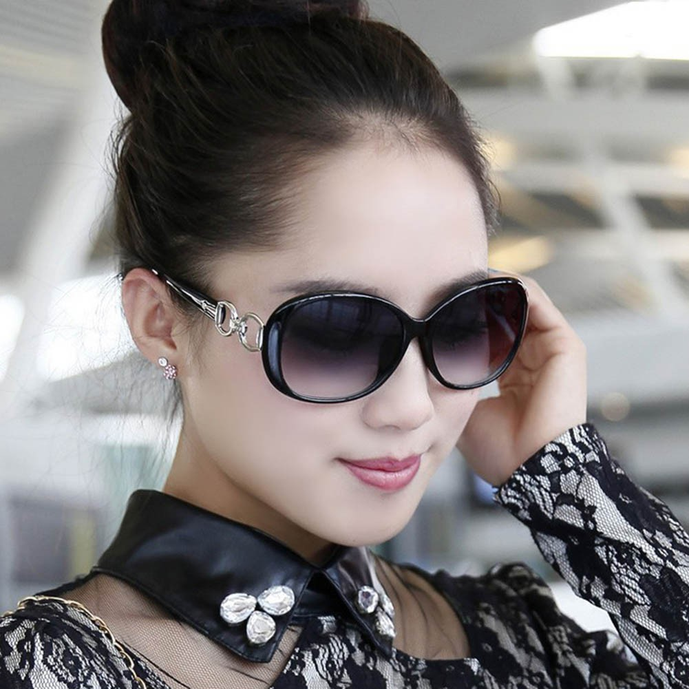 Kính mát oversize gọng nhựa thời trang cho nữ