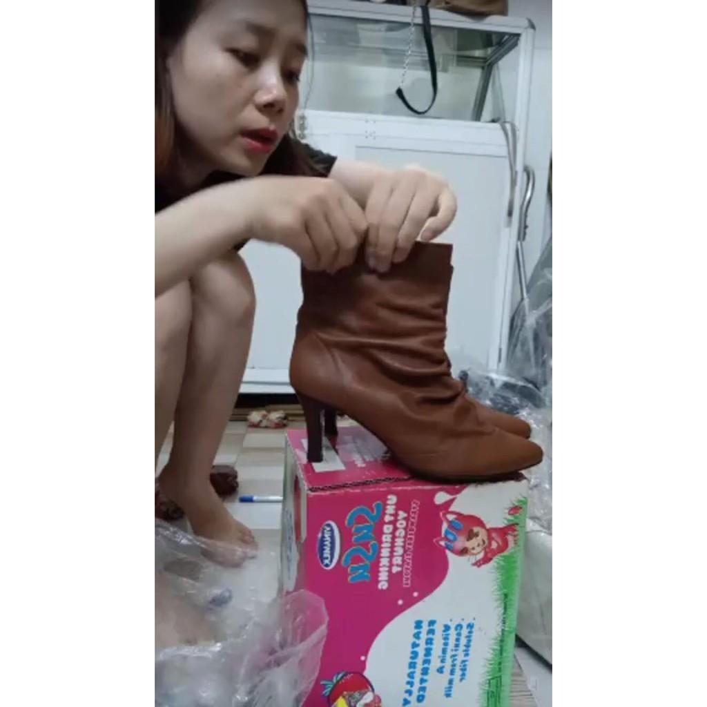 Giày boot Châu Nguyễn