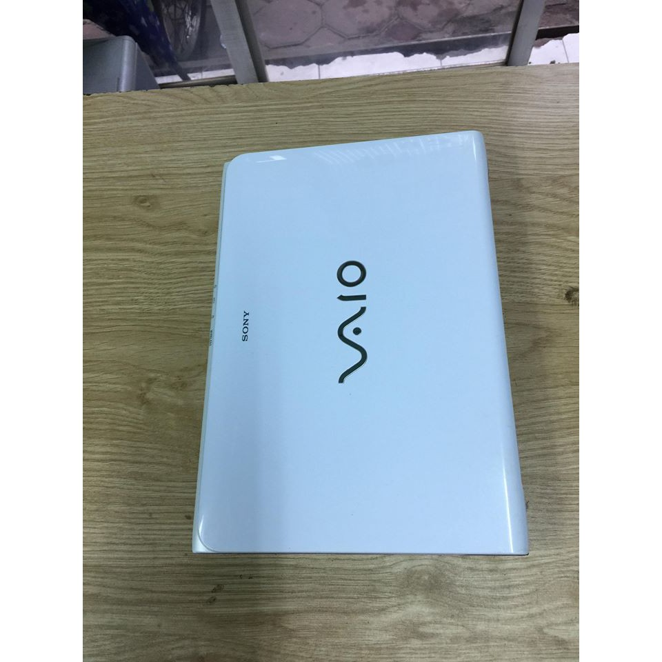 Hot laptop Sony Vaio SVE15 TRẮNG core i5-3210M Ram 4gb ổ cứng 320gb fui phím số cạc HD 4000 Tặng túi,chuột không dây Giá chỉ 7.800.000₫