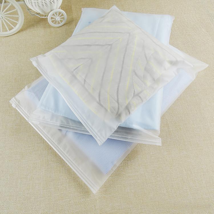 Túi khoá zip bảo quản vật dụng cá nhân màu trắng đục các kích thước khác