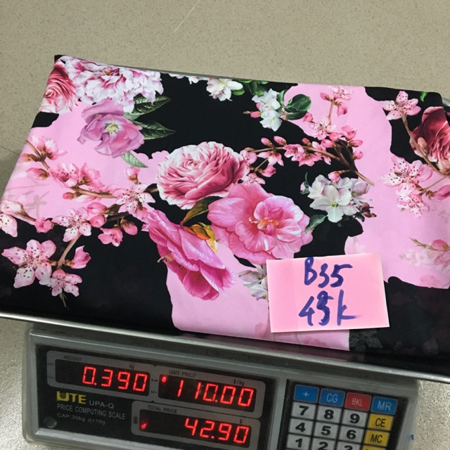 Combo vải (Kim Ly) - 2854632 , 1028926790 , 322_1028926790 , 370000 , Combo-vai-Kim-Ly-322_1028926790 , shopee.vn , Combo vải (Kim Ly)