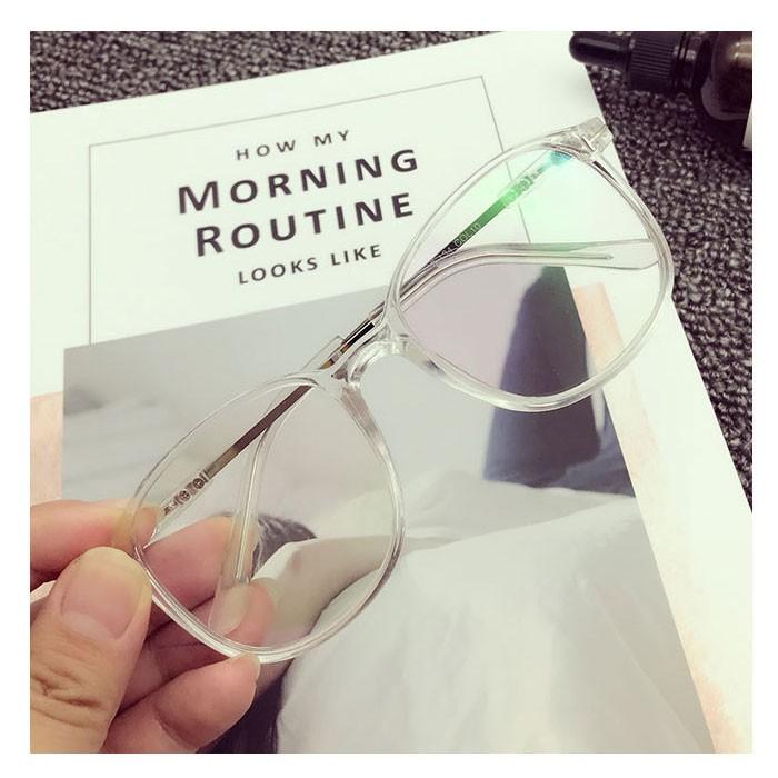kính mắt cỡ lớn