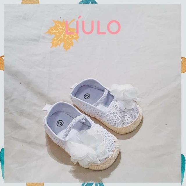 Giày cho bé từ 0-18m đế mềm rất dễ cho bé đi thoải mái k lo đau chan nha các mom heniddnxhdjdjdjdjdnxjxhdjgdhdjhdhshdjxh