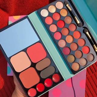 Bộ Trang Điểm Chính Hãng cao cấp KissBeauty,gồm 27 món makeup đầy đủ . Tặng kèm 1 Túi đựng Mỹ phẩm chống nước. 8