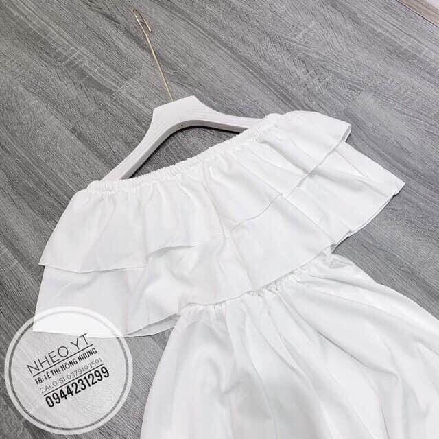 Váy trễ vai bèo ngực