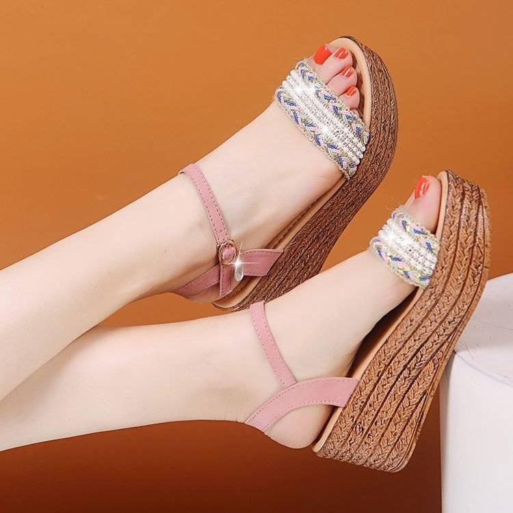 Giày Sandal Đế Xuồng Thời Trang Dành Cho Nữ