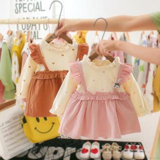 Đầm dài tay in hình trái tim dễ thương cho bé