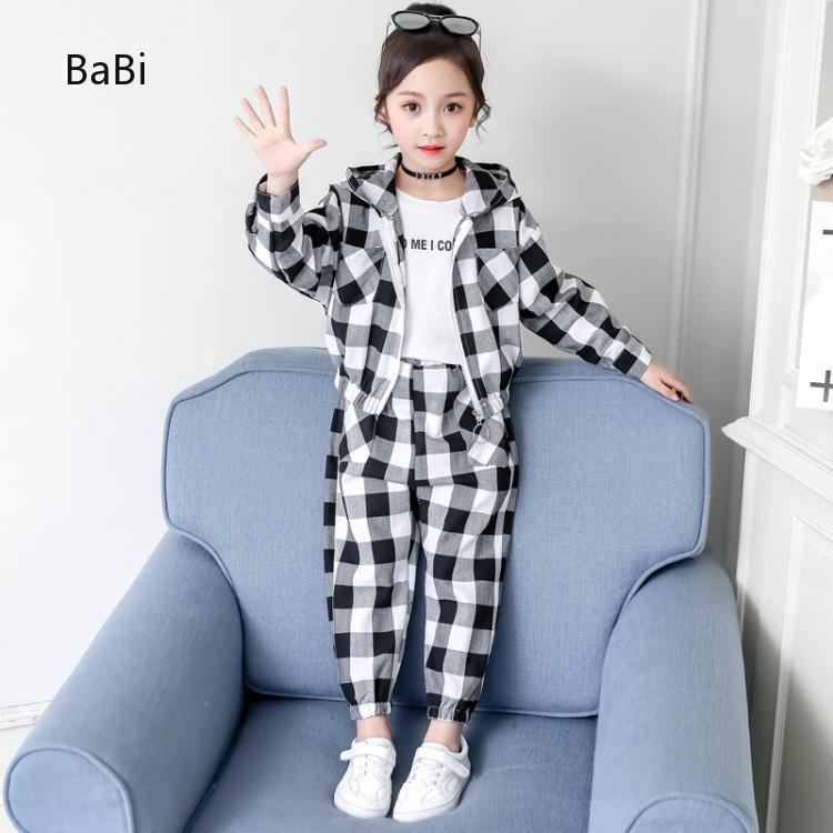 Bộ quần áo cho bé trai và bé gái