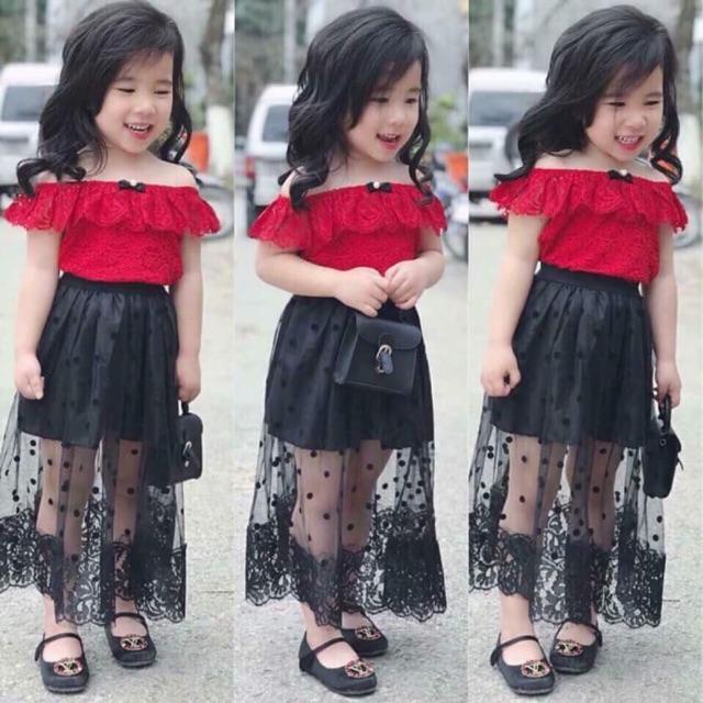 Com Bo sét váy ren đẹp cho bé