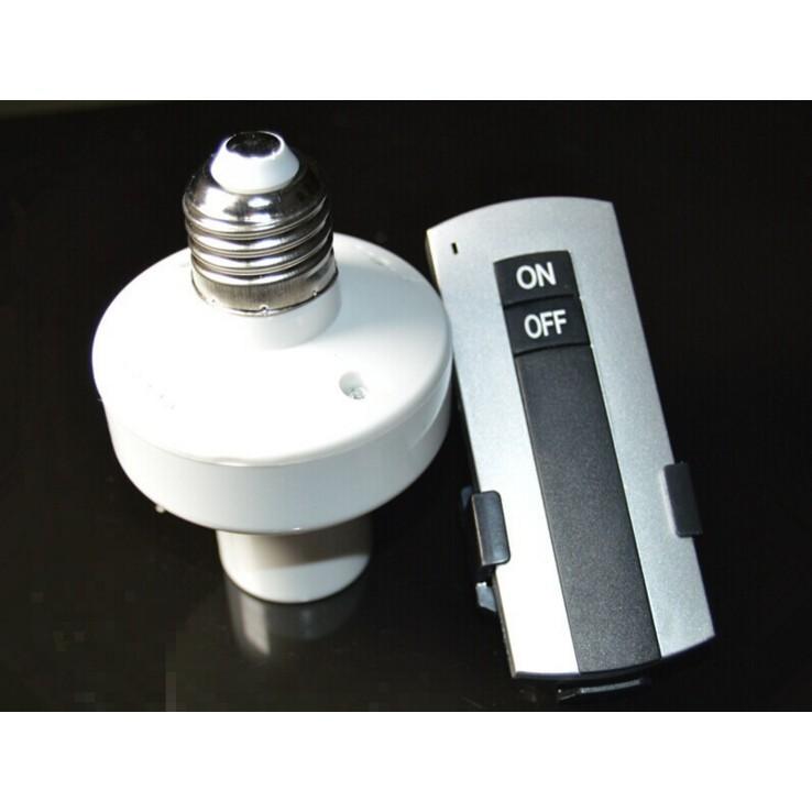 Đuôi đèn E27 điều khiển từ xa