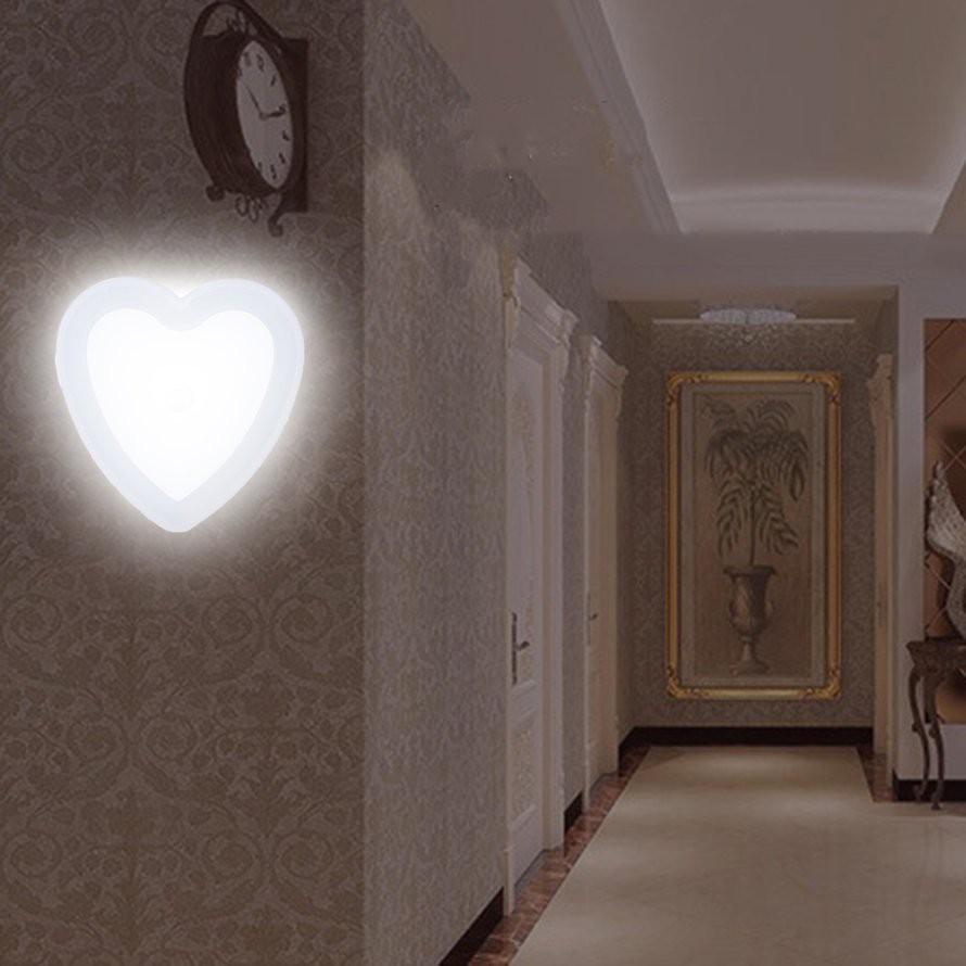 Đèn Led Cảm Biến Tự Động Hình Trái Tim