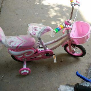 Xe đạp bé gái màu hồng siêu xinh