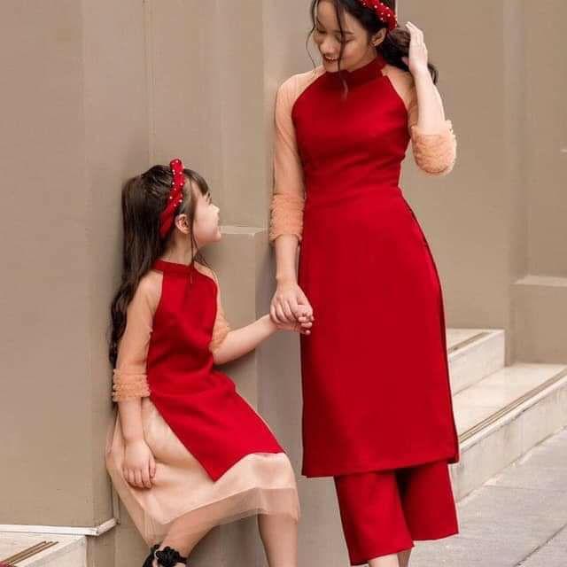 Áo dài đôi mẹ và bé