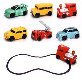 đồ chơi ô tô chạy theo nét bút vẽ