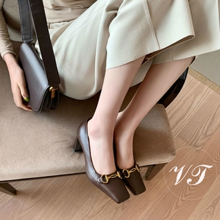 Giày cao gót thiết kế gót dày kiểu Pháp cổ điển